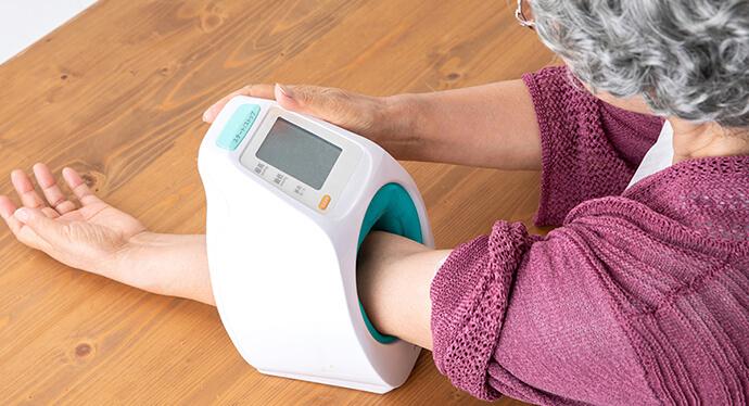 無料で測れる血圧計